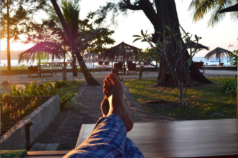 descanso en playas de myanmar