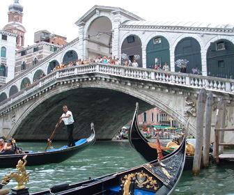 Puente de Rialto Venecia