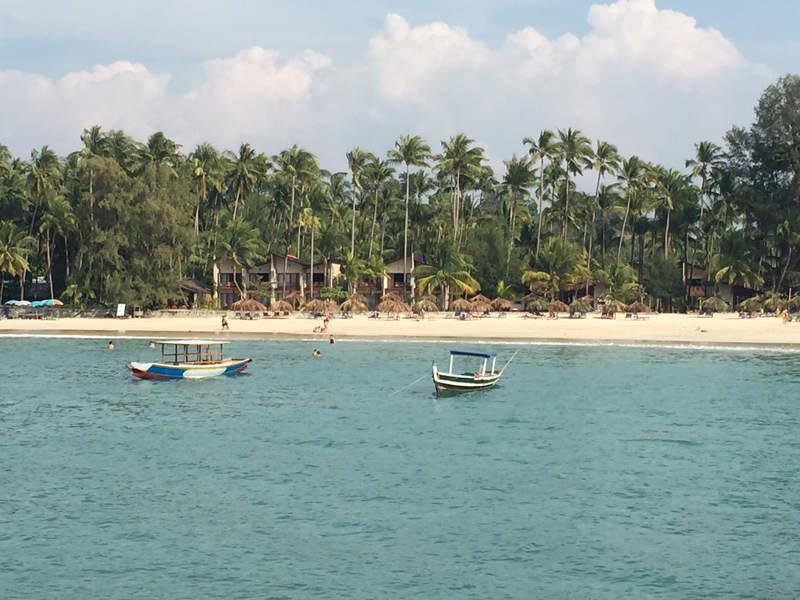 Vistas playas birmania